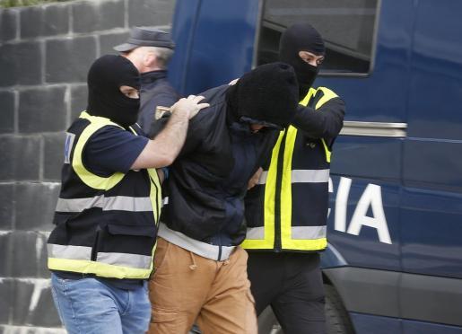 La Policía Nacional pudo identificar y detener a los autores tras numerosas pesquisas.