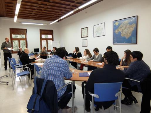 Momento de la reunión de la Comisión de Ordenación del Territorio y Urbanismo.