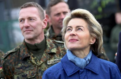 Úrsula von der Leyen, ministra de Defensa alemana