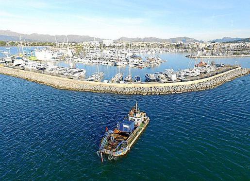 Inicio de los trabajos de campo en la bahía de Alcúdia.