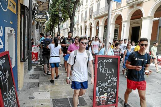 En el tercer trimestre se aprecia en toda su amplitud el efecto de la temporada turística. En 2016, hubo récords de visitantes e ingresos derivados de la actividad turística.