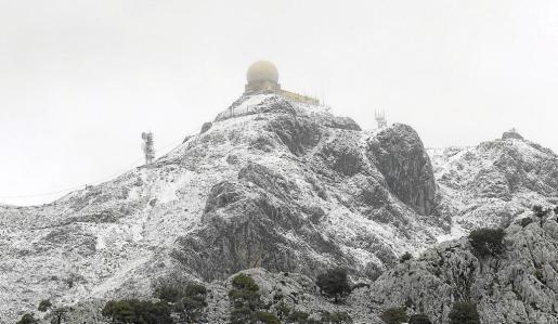Las cimas más altas de la Serra volverán a cubrirse de blanco este miércoles, cuando se pueden acumular entre 15 y 30 centímetros de nieve.