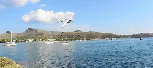 El primer amerizaje civil se realizó el 8 de octubre durante la presentación del International Mediterranean Seaplane Club.