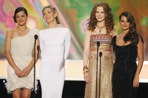 Las actrices Marion Cotillard, Kate Hudson, Nicole Kidman y Penelope Cruz en los premios SAG.