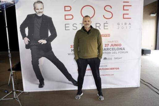 El cantante Miguel Bosé, durante una entrevista poco antes de iniciar su gira internacional 'MTV Unplugged'.