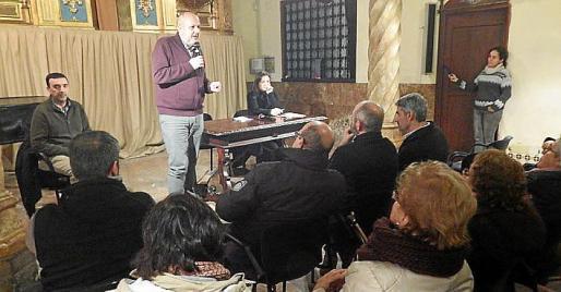 Ensenyat, Garrido y Servera, en el acto informativo de Sóller.