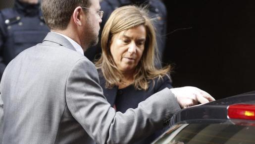 Foto de archivo, de la exministra de Sanidad Ana Mato, a su salida de la Audiencia Nacional tras ir a recoger el auto de apertura de juicio oral para 40 imputados de la trama Gürtel.