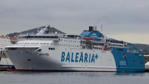 En la imagen, un barco de Baleària.