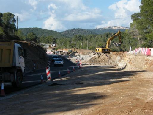 Imagen de la carretera Felanitx-Portocolom, por la que ya pueden circular los vehículos.