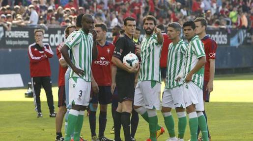 Imagen del Osasuna-Betis correspondiente a la temporada 2013-2014.