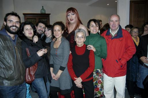 Sergio Baos, Ainhoa Tilves, Joan Miquel Artigues, Marga López, Lluqui Herrero, Vivian Caoba, Rosa Fiol, Caterina Alorda y Antoni Oliver.