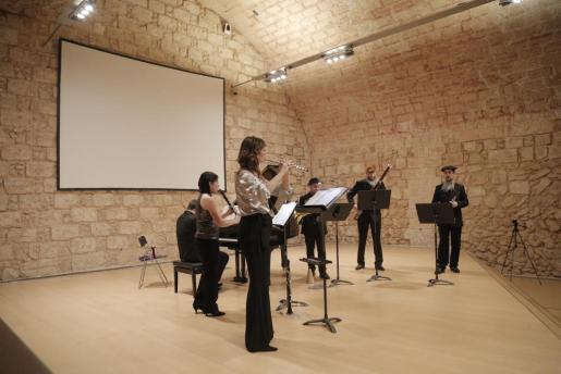 Un momento del primer concierto del ciclo 'Simfònica en Petit', celebrado en el Aljub del museo Es Baluard.