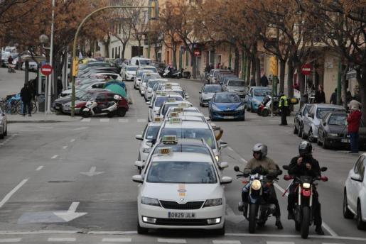 Imagen del paro que realizaron los taxistas el pasado 15 de febrero.