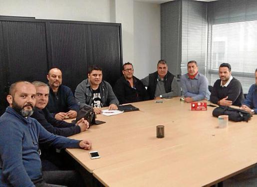Imagen de la reunión del comité de huelga de la EMT.