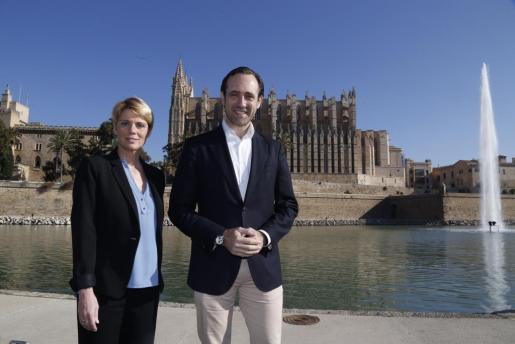 José Ramón Bauzá y Aina Aguiló , este martes frente a la Seu.