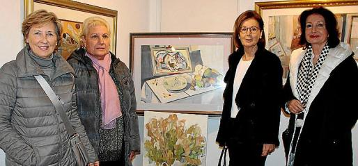 Montse Fuster, María Elisa Cánovas, Ángeles Cabeza y Karin Appelhans.