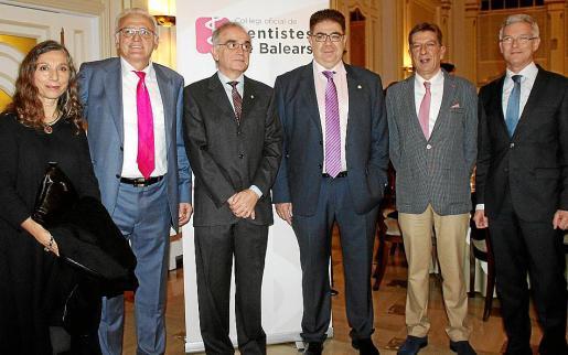 Rosa María Hernández, Guillem Roser, Macià Thomàs, Antoni Bennàssar, Antoni Real y Ramón García.
