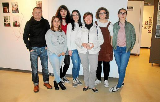 Los autores de las fotografías, Jaume Gaviño, Pilar Vargas, Adaya del Río, Maria Belardo, Rosa Cambero, Nadia Elsaira y Neus Alemany.
