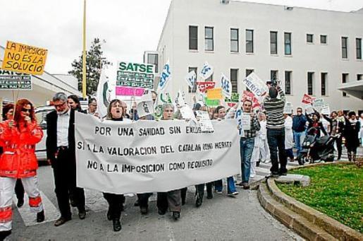 En 2009 se llevaron a cabo varias protestas por la exigencia del catalán como requisito en sanidad.