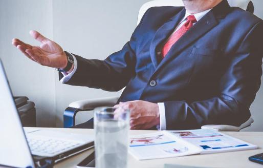 Además de soluciones financieras a los nuevos retos, deben buscarse nuevos caminos en el área de la gestión, del management y del emprendimiento.