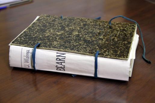 Villalonga entregó esta obra de 526 páginas a Llorenç Moyà.