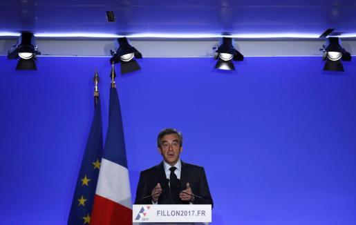 El candidato francés Francois Fillon, durante su comparecencia ante los medios.