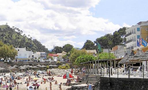 El Ajuntament compró el solar en Cala Molins en abril del año 1999 para habilitarlo como aparcamiento público.