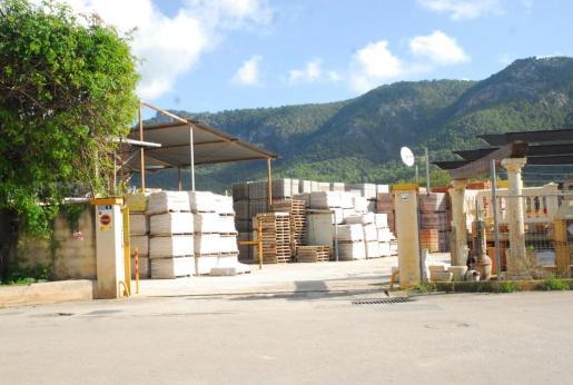 Imagen de archivo de un almacén de material de construcción.