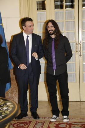 El presidente del PP en Baleares, Miquel Vidal, y el president del Parlament , Baltasar Picornell, durante los actos este miércoles del Día de Baleares.