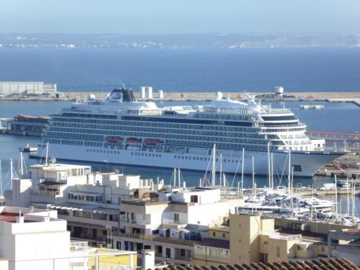 El diseño del nuevo 'Viking Sky' se inspira en la serie Royal Viking de los años 70, que fue pionera en los cruceros de lujo.