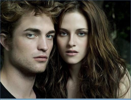 Los actores Robert Pattinson y Kristen Stewart, de la saga Crepúsculo.