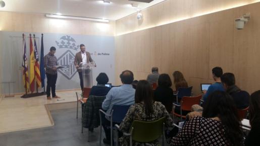 José Hila, durante la rueda de prensa.