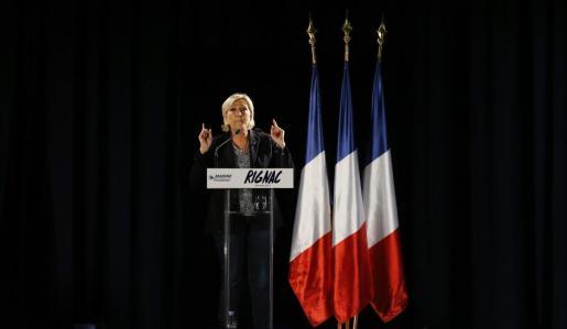 Marine Le Pen durante un acto de campaña.