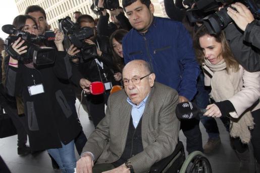 El expresidente del Palau de la Música Félix Millet, a su llegada a la Ciutat de la Justicia.