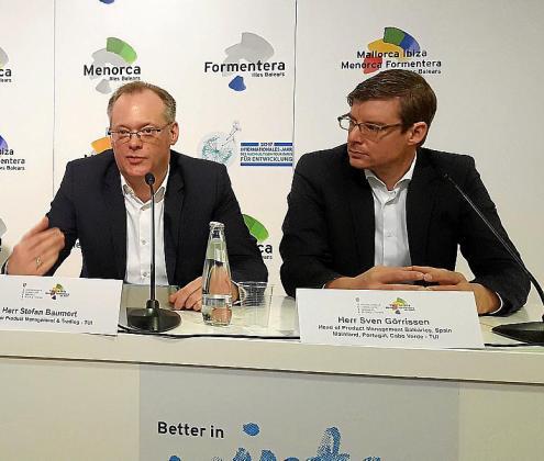 Los directivos de la TUI Stefan Baumert y Sven Görrisen.