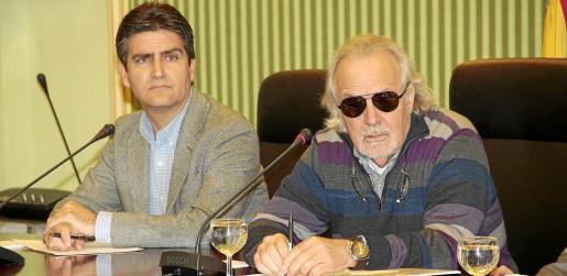 Cursach compareció en el Parlament, en la comisión de investigación sobre Son Espases en el año 2015.
