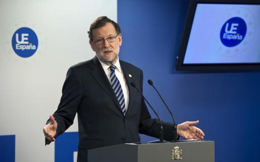 El presidente del Gobierno, Mariano Rajoy, durante la rueda de prensa al término de la reunión de Bruselas de los líderes de la Unión Europea.