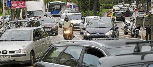 En total hay registrados en Palma 265.866 vehículos, un 2,64 por ciento más que en 2016.
