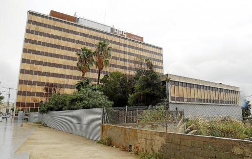 La degradación del edificio GESA se ha frenado gracias a las labores de limpieza.