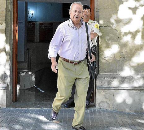 El juez José Castro, a su salida de los juzgados de Vía Alemania.