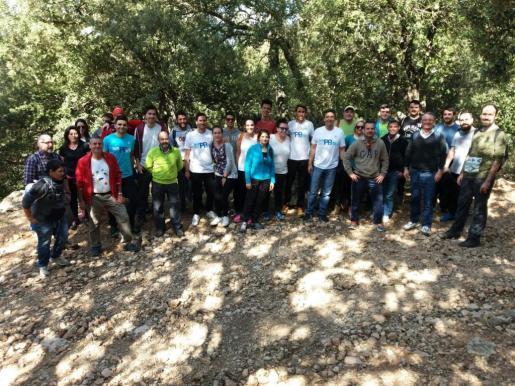 El candidato a la presidencia del partido ha participado hoy en una excursión al Puig de ses Covasses con miembros del equipo de #feimPPartit y afiliados de diferentes municipios.