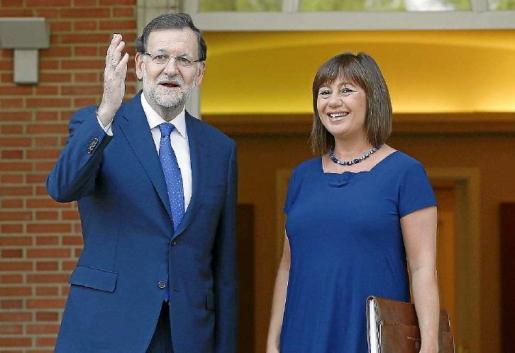 Mariano Rajoy y Francina Armengol, durante su reunión en La Moncloa del año 2015.