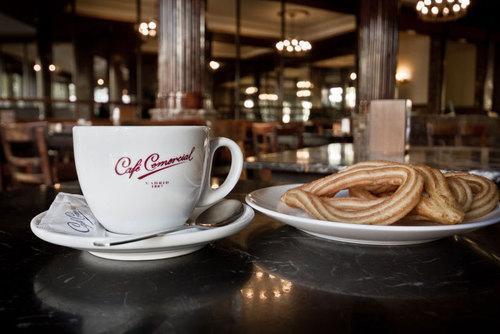 Imagen corporativa del Café Comercial.