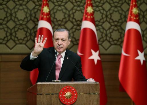 El presidente turco añade más leña al fuego en el conflicto que mantiene con Holanda.