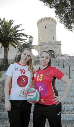 Las jugadoras del JS Hotels Helena Bravo y Silvia López.