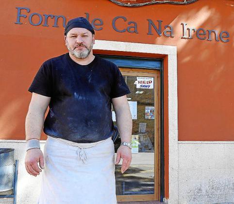 Norberto, el dueño del horno atracado en Pòrtol.