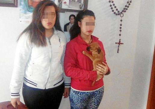 Las menores detenidas y el cachorro que provocó el conflicto en la Estación Intermodal.