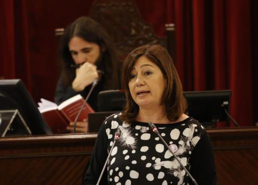 La presidenta Armengol asegura que la actuación de Picornell contrasta con las actitudes que se veían en el Parlament en la legislatura pasada.