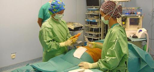 Imagen de archivo de una intervención de liposucción realizada en una clínica de Palma.