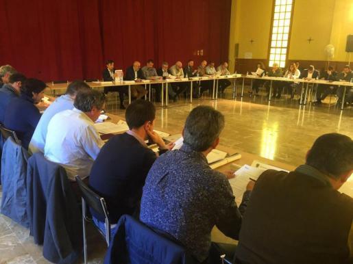 En la imagen, reunión de los alcaldes de Mallorca.